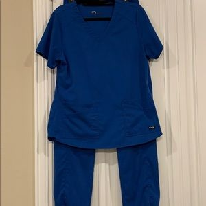 Grey's Anatomy by Barco Spandex Stretch Scrub Set.